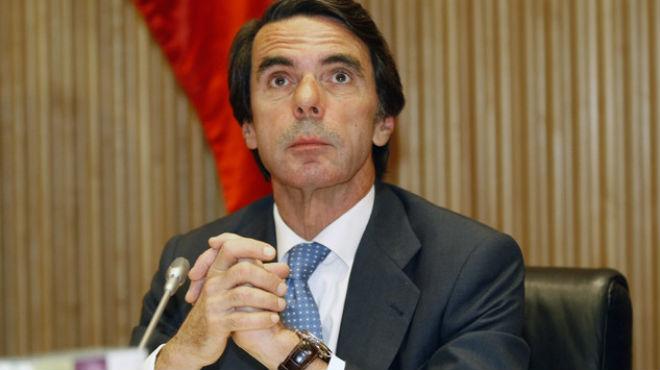 Aznar ha insinuado que la dirección del partido no le ha invitado.