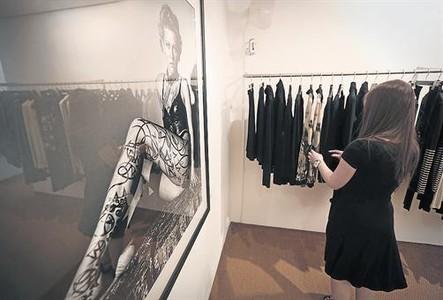 La antigua galer�a de arte Prats, convertida recientemente en comercio de ropa, ayer.
