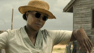 zentauroepp41303024 this image released by netflix shows mary j blige in a scen180111160004