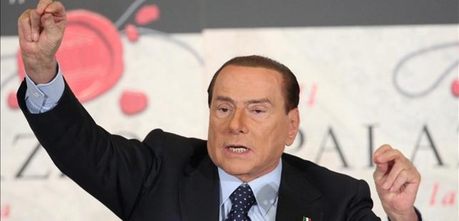 Berlusconi se retirar� como candidato en las elecciones del 2013 si Monti lidera el centroderecha