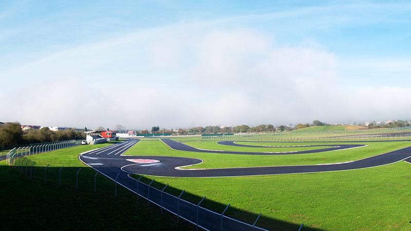Fallece un niño de 10 años en el karting de Fernando Alonso