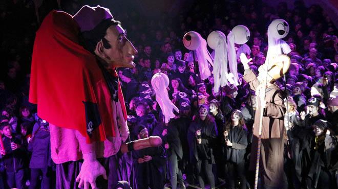 Torelló celebra el 'Pullassu', el seu carnaval més eroticofestiu