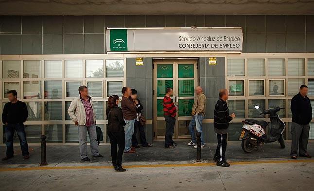 En im genes opini n el peri dico for Oficinas de trabajo temporal en barcelona