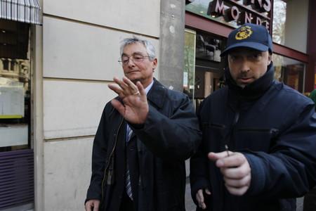 Caen dos altos cargos catalanes por intentar amañar licencias de ITV