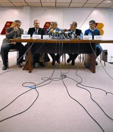 Los empleados de Iberia har�n 6 d�as de huelga antes de Navidad