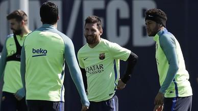 Tornen Messi i Piqué davant el Sevilla