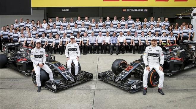 McLaren-Honda al completo en la temporada pasada