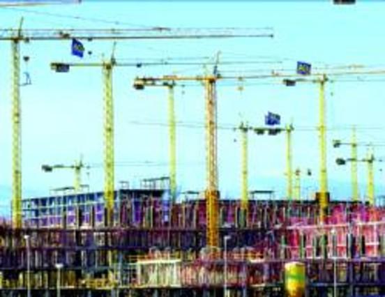 Las promotoras acuden a las subastas para vender su estoc for Subastas de pisos en madrid