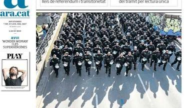 Diaris de Madrid retreuen a Sánchez que discrepi de Rajoy sobre Catalunya