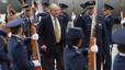 El rei Joan Carles arriba a Colòmbia per a la investidura de Santos