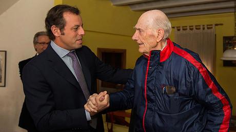 Antoni Ramallets y Sandro Rosell, en un reciente homenaje al exportero azulgrana.