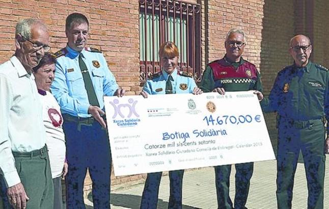 El cheque m s solidario de cornell for Oficina correos cornella