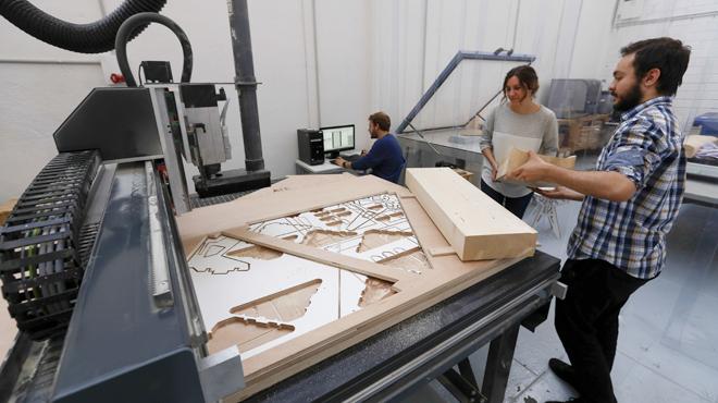 On Barcelona: Fab Labs, espaIs de fabricació I innovació digital (CATALÀ)