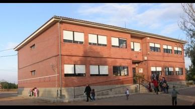 Detingut un professor d'una escola de Múrcia per abusar presumptament d'un nen de sis anys