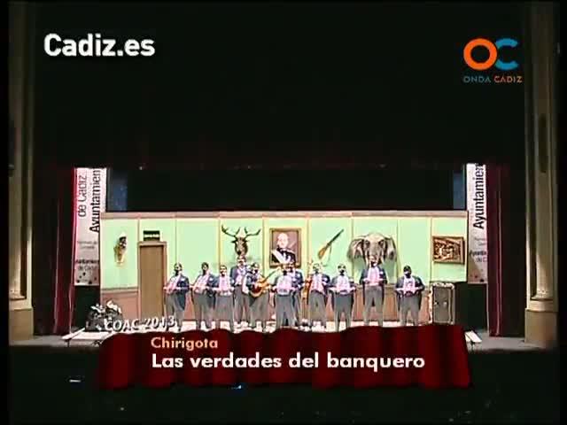Selu y su banda interpreta 'Las verdades del banquero'.