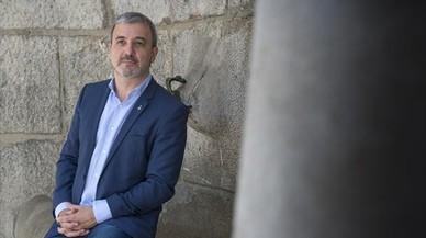 """Collboni acusa a Puigdemont y Junqueras de ser """"rehenes"""" de la CUP"""