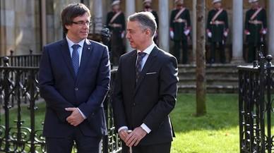 """Urkullu y Puigdemont se reúnen este lunes en Barcelona para abordar la """"plurinacionalidad"""" del Estado"""