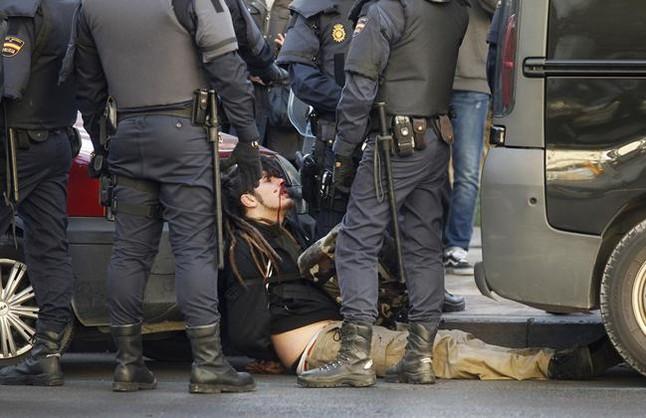 La Audiencia obliga a investigar las agresiones a estudiantes en la 'primavera valenciana'