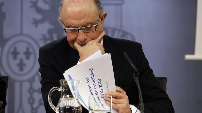 El ministro de Hacienda en funciones, Crist�bal Montoro, en una imagen de archivo.