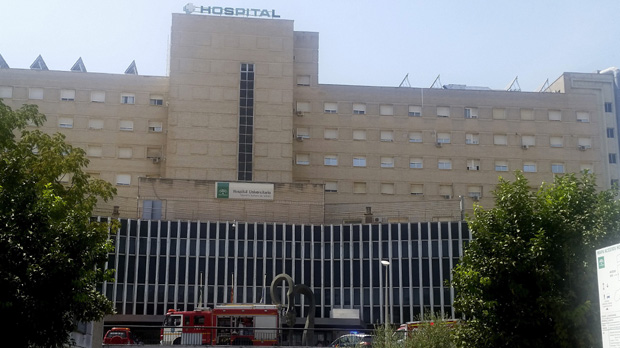 Mor una dona seccionada per un ascensor en un hospital de Sevilla