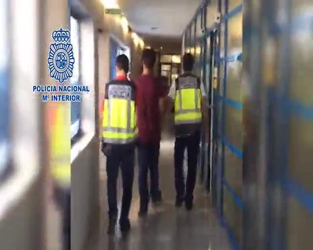 Detenido el voluntario de un centro por abusos sexuales a cuatro niños