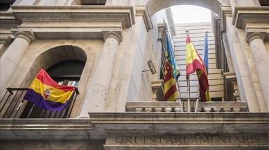 Allau de recursos del Govern contra consistoris valencians per col·locar la bandera republicana
