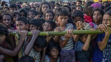 El naufragi d'un bot de refugiats rohingyes deixa 40 desapareguts