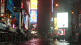 Times Square, convertido en un desierto desolador, el lunes por la noche, a la espera del fenmeno metereologico.
