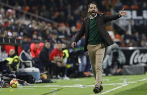 Pablo Machín, durante el partido contra el Valencia en Mestalla el pasado día 6