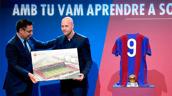 El Barça da el nombre de Johan Cruyff al nuevo Mini Estadi