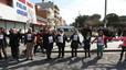 Més de 5.000 persones uneixen Sant Adrià, Badalona i Montgat en una cadena humana contra les retallades