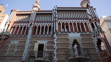 La Casa Vicens de Gaudí es despulla de lones i bastides