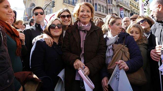 Esperanza Aguirre es manifesta amb els antiavortistes a Madrid