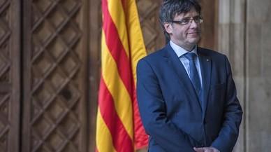 """Puigdemont: """"S'ha de fer del llibre i la rosa la nostra arma més poderosa"""""""