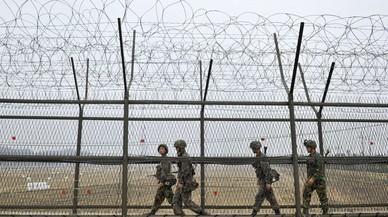 Un soldat nord-coreà deserta a Corea del Sud a través de la frontera