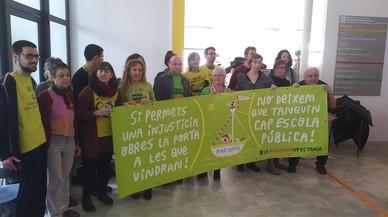 La Generalitat promet a les famílies que no tancarà l'escola Mar Nova de Premià de Mar