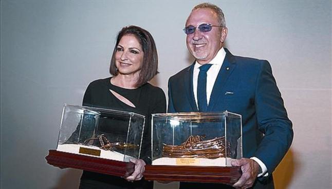 Los Estefan, galardonados en Miami