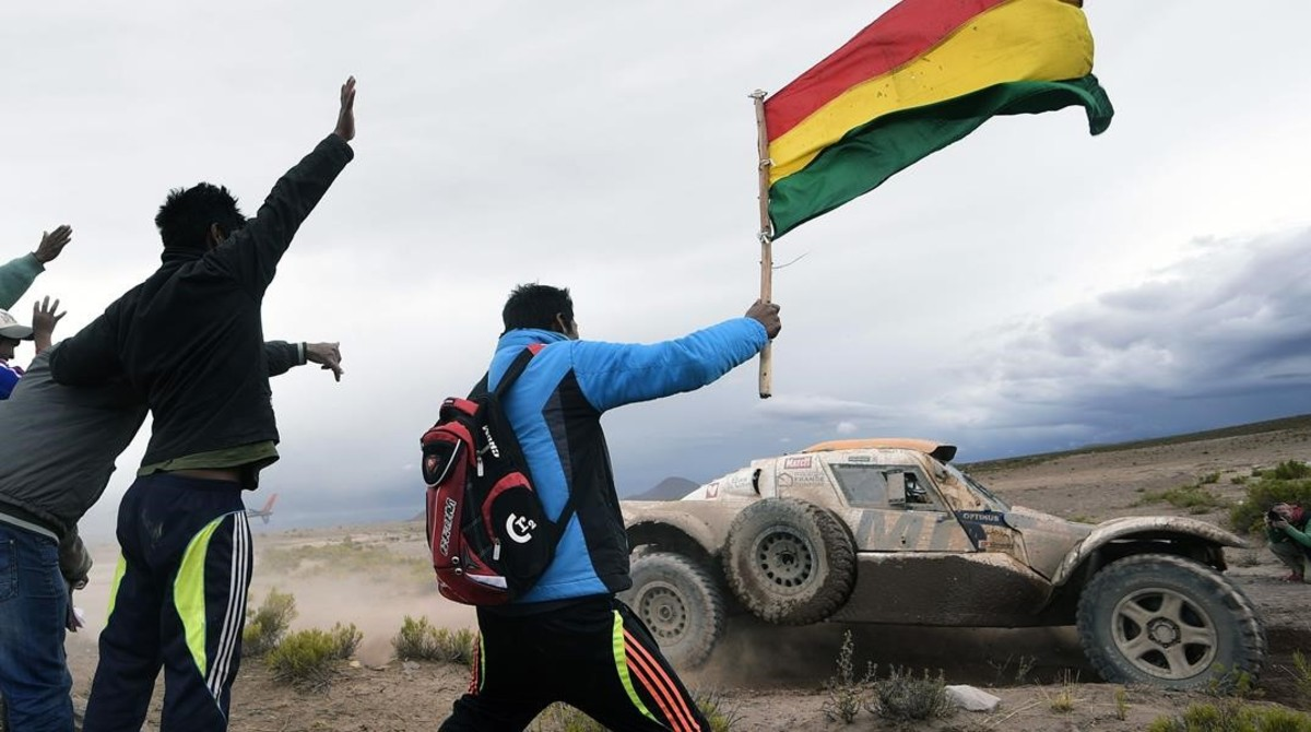 El Dakar transportará 300.000 litros de agua a Bolivia