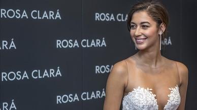 La modelo Mariana Downing, novia de Marc Anthony, vestida de novia para Rosa Clará.