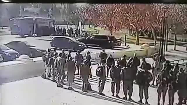 Aquest és el moment en què el camió envesteix els soldats a Jerusalem