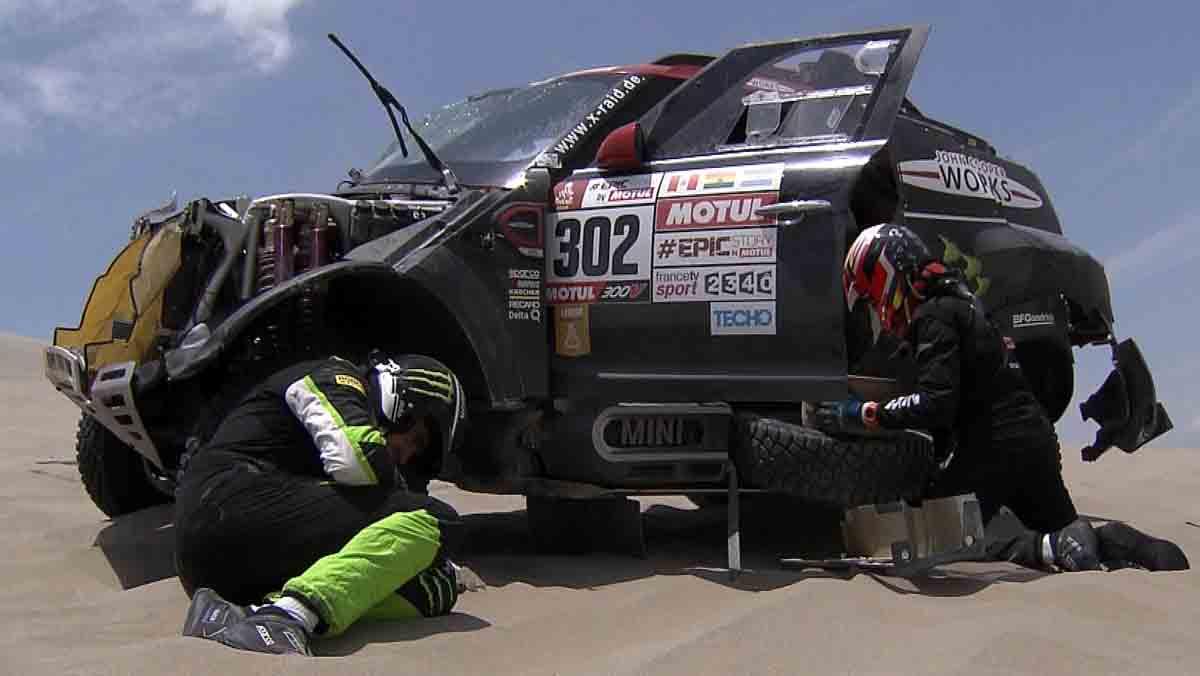 Nani Roma sufre un accidente que le obliga a abandonar el Dakar