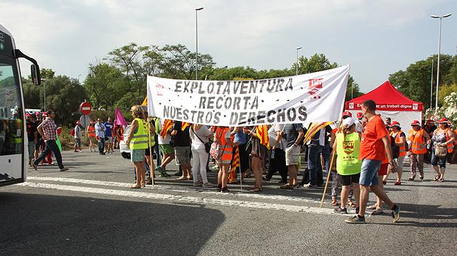Una vaga de treballadors alenteix l'accés a Port Aventura