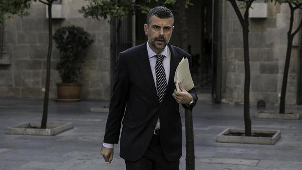 Santi Vila es postula com a candidat a president i Pascal fa autocrítica
