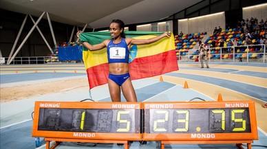 Genzebe Dibaba fa miques el rècord mundial de 2.000 metres a Sabadell (5.23.75)