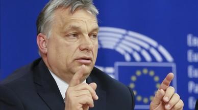 Bruselas expedienta a Hungría por su ley de universidades