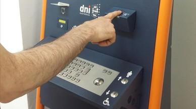 Desactivada la firma digital dels DNI per possibles fallades de seguretat