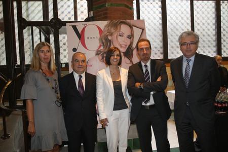 De izquierda a derecha, Cristina Pascual, Alejandro de Vicente, ambos de Unidad Editorial; Charo Izquierdo, directora de 'Yo Dona'; Enric Hernàndez, director de EL PERIÓDICO, y Álex Salmon, director de 'El Mundo' en Catalunya.