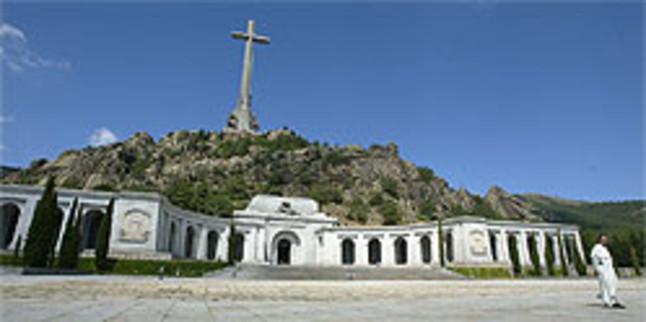 Reapertura. Imagen de la basílica y la cruz del Valle de los Caídos. AGUSTÍN CATALÁN