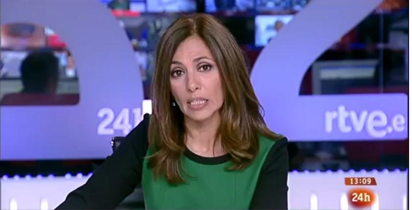 La presentadora del Canal 24 Horas de TVE explica la protesta de los trabajadores, en directo.