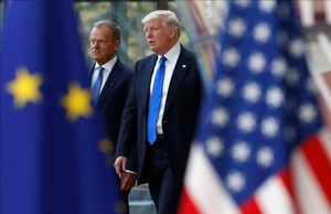 dcaminal38599175 u s president donald trump r walks with the president of170525105233